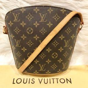 Authentic Louis Vuitton Drouot #7.5P